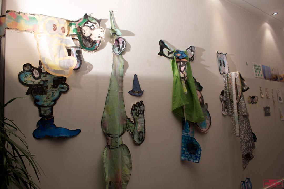 Horfee R. Maurice Pathetic Bubble Doomsday Store Arty Graffarti14