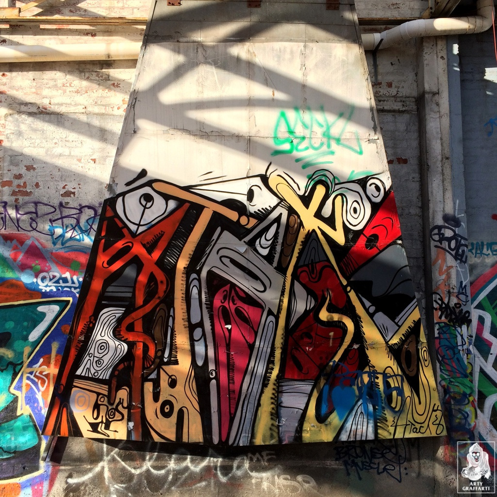 Atak-Clifton-Hill-Graffiti-Melbourne-Arty-Graffarti