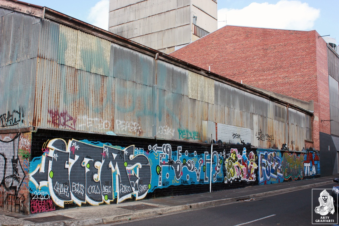 Items-Feebl-H20e-Fezbot-Grins-Atak-Collingwood-Graffiti-Melbourne-Arty-Graffarti