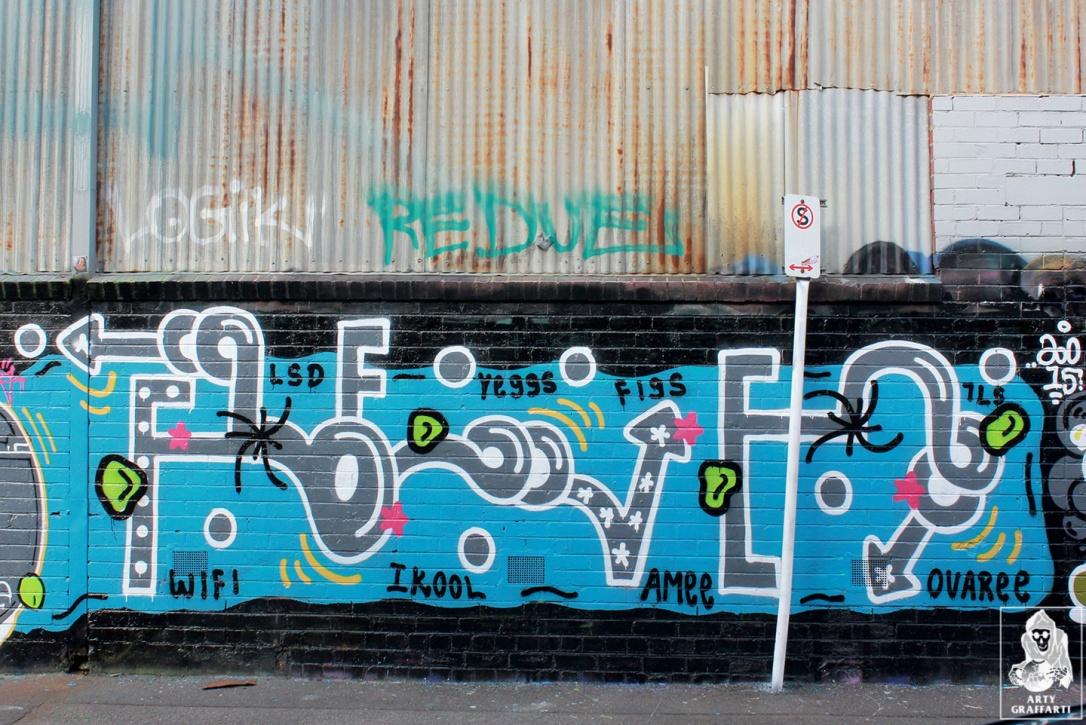 Items-Feebl-H20e-Fezbot-Grins-Atak-Collingwood-Graffiti-Melbourne-Arty-Graffarti10