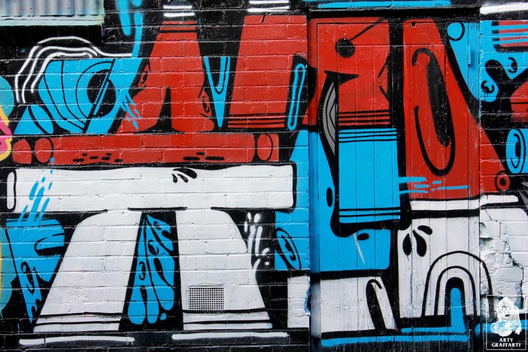 Items-Feebl-H20e-Fezbot-Grins-Atak-Collingwood-Graffiti-Melbourne-Arty-Graffarti4