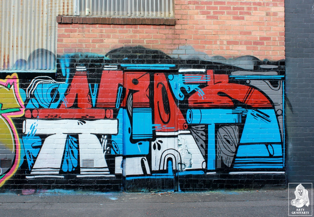 Items-Feebl-H20e-Fezbot-Grins-Atak-Collingwood-Graffiti-Melbourne-Arty-Graffarti5