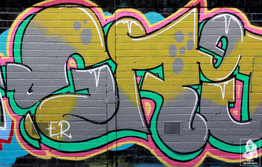 Items-Feebl-H20e-Fezbot-Grins-Atak-Collingwood-Graffiti-Melbourne-Arty-Graffarti6