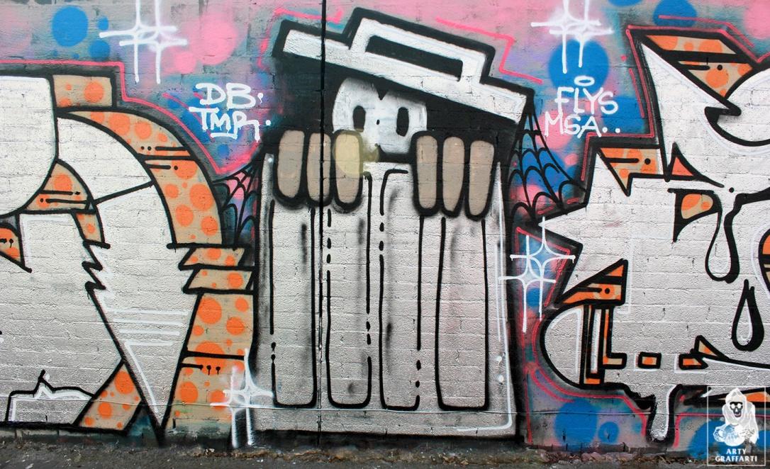 Pokie-Eye-Fitzroy-Graffiti-Melbourne-Arty-Graffarti6