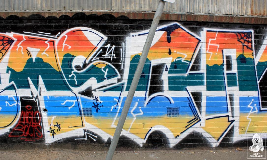 Items-Chanel-Collingwood-Graffiti-Melbourne-Arty-Graffarti