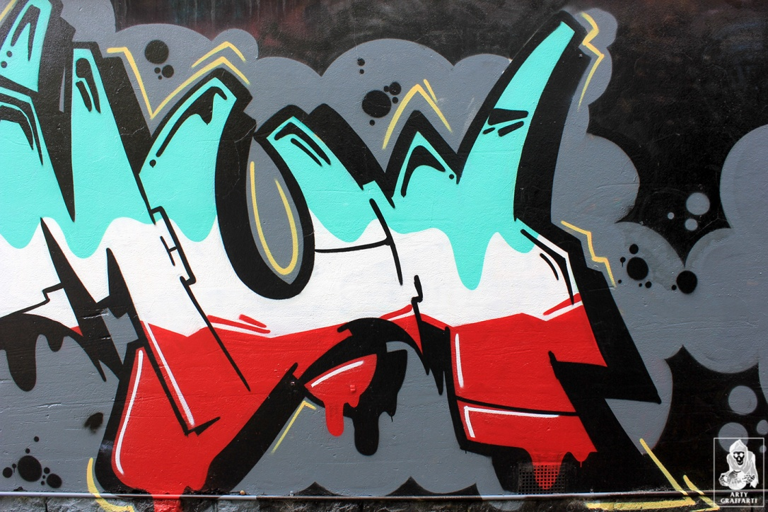 Smut-Bolts-Collingwood-Graffiti-Melbourne-Arty-Graffarti5
