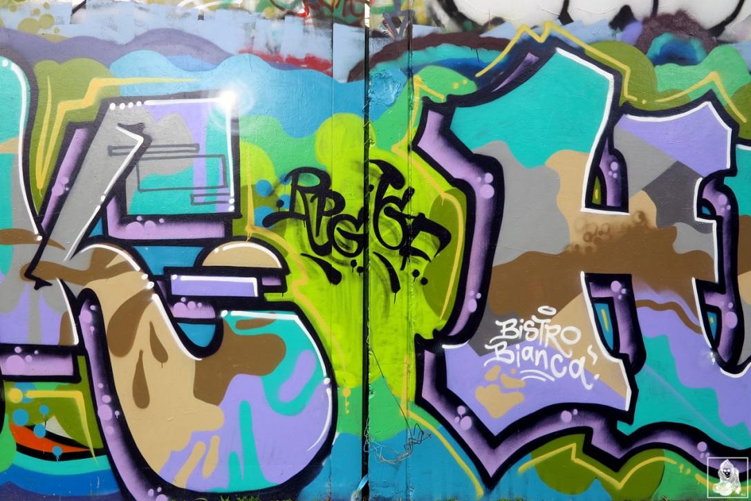 Check-Hikups-Brunswick-Graffiti-Melbourne-Arty-Graffarti4