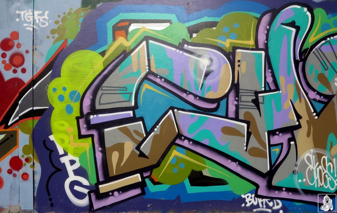 Check-Hikups-Brunswick-Graffiti-Melbourne-Arty-Graffarti7