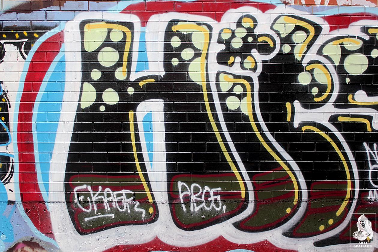 Hits-Bird-Brunswick-Graffiti-Melbourne-Arty-Graffarti3