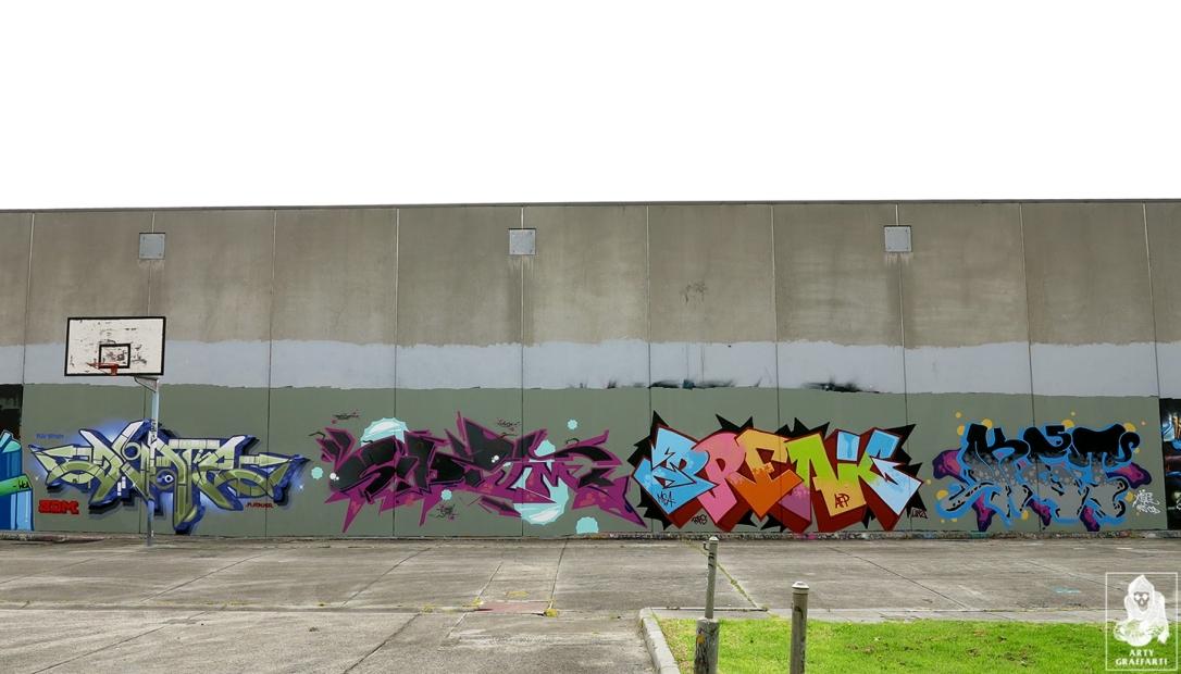 Dvate-Sirum-Break-Ket-Clifton-Hill-Graffiti-Melbourne-Arty-Graffarti