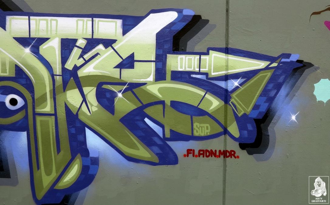 Dvate-Sirum-Break-Ket-Clifton-Hill-Graffiti-Melbourne-Arty-Graffarti11