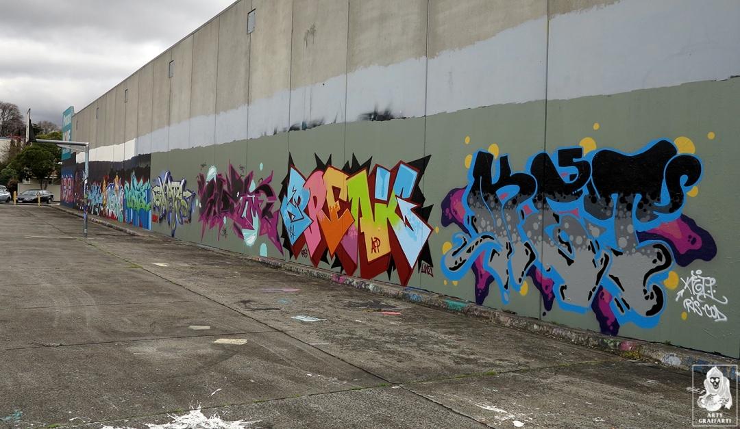 Dvate-Sirum-Break-Ket-Clifton-Hill-Graffiti-Melbourne-Arty-Graffarti12