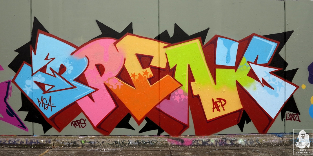Dvate-Sirum-Break-Ket-Clifton-Hill-Graffiti-Melbourne-Arty-Graffarti5