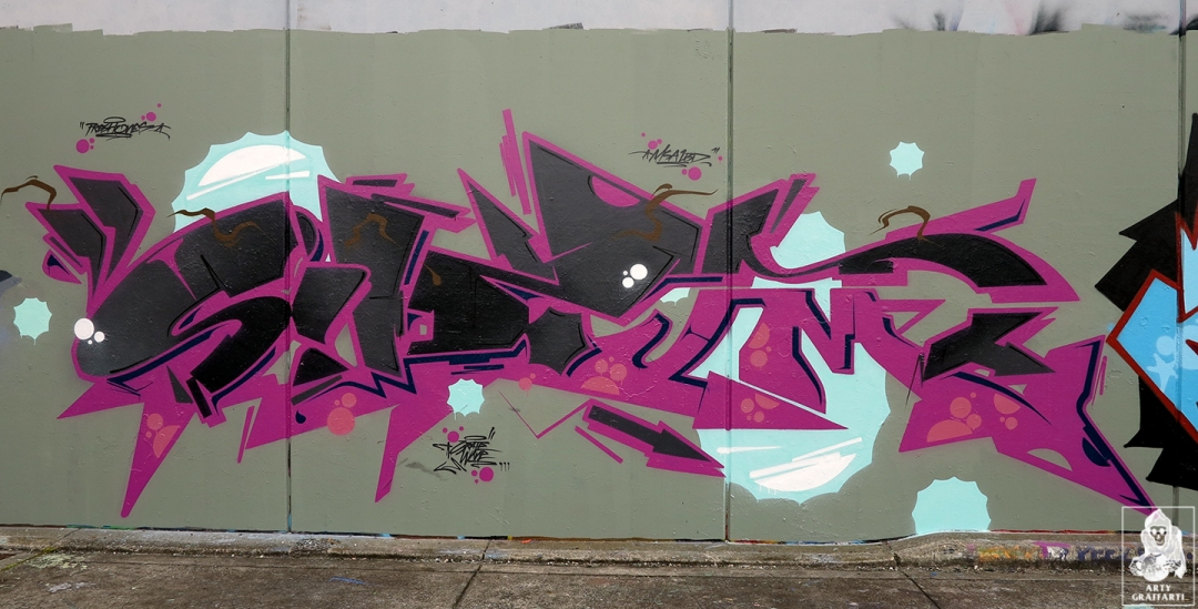 Dvate-Sirum-Break-Ket-Clifton-Hill-Graffiti-Melbourne-Arty-Graffarti6
