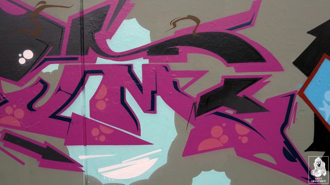 Dvate-Sirum-Break-Ket-Clifton-Hill-Graffiti-Melbourne-Arty-Graffarti7