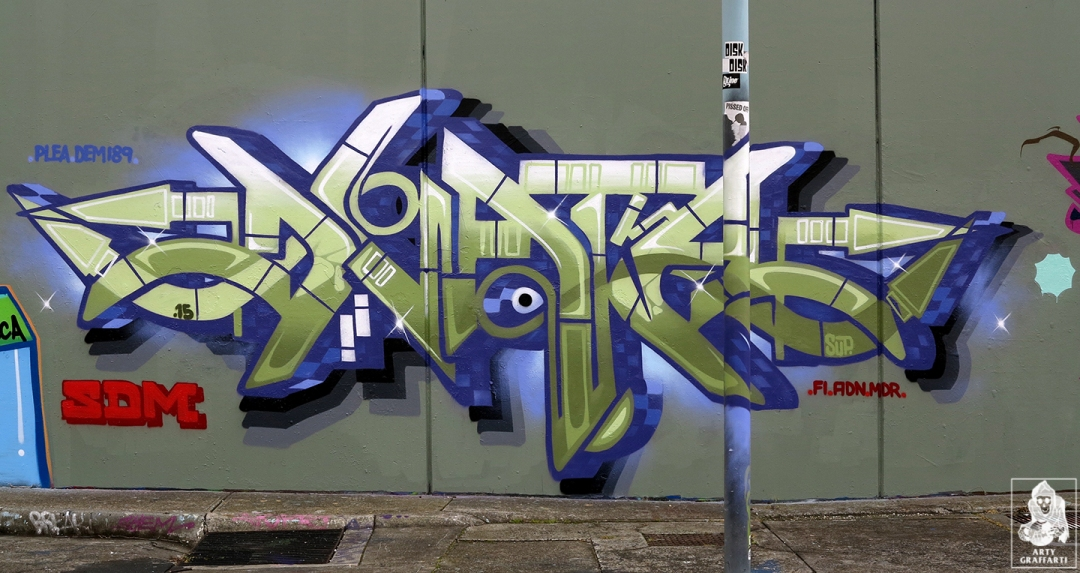 Dvate-Sirum-Break-Ket-Clifton-Hill-Graffiti-Melbourne-Arty-Graffarti9