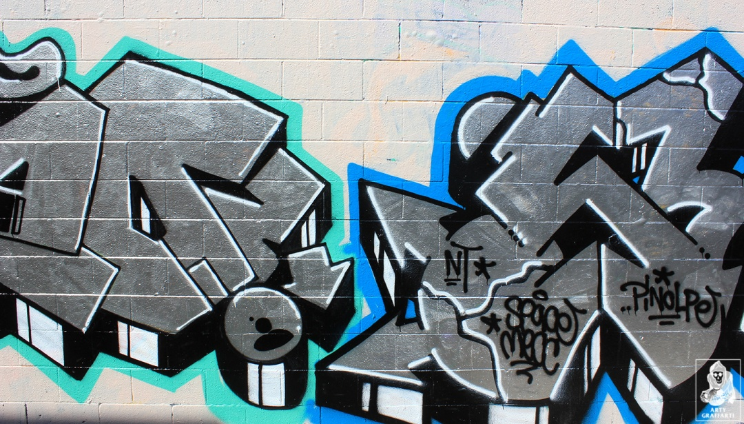 Ouzo-SexWax-Fitzroy-Graffiti-Melbourne-Arty-Graffarti5