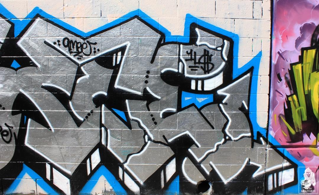 Ouzo-SexWax-Fitzroy-Graffiti-Melbourne-Arty-Graffarti6