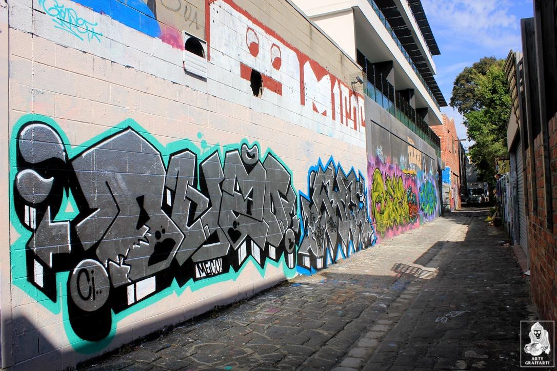 Ouzo-SexWax-Fitzroy-Graffiti-Melbourne-Arty-Graffarti7