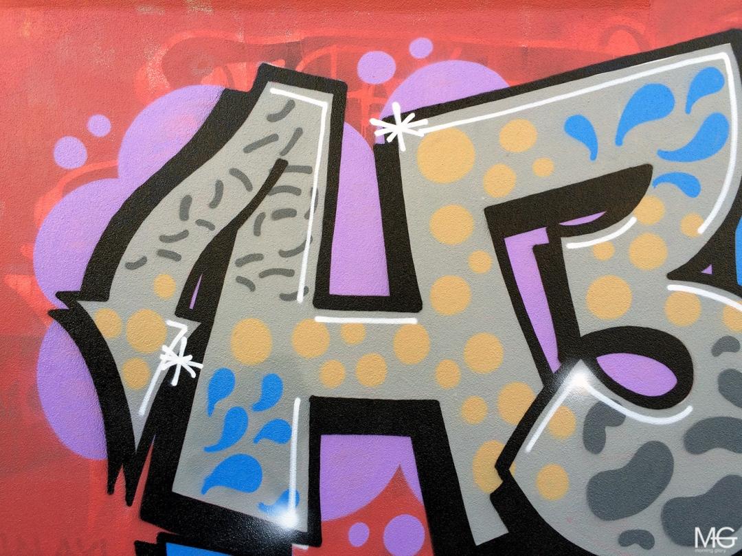 morning-glory-melbourne-graffiti-fitzroy-heaps-bird4