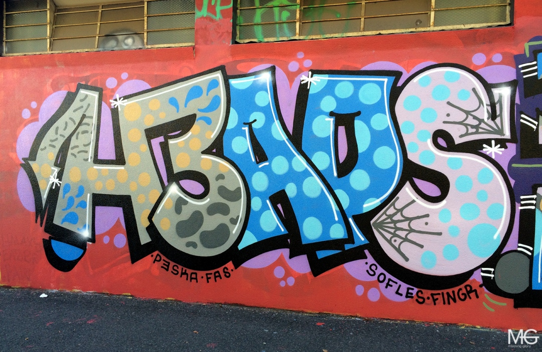 morning-glory-melbourne-graffiti-fitzroy-heaps-bird6