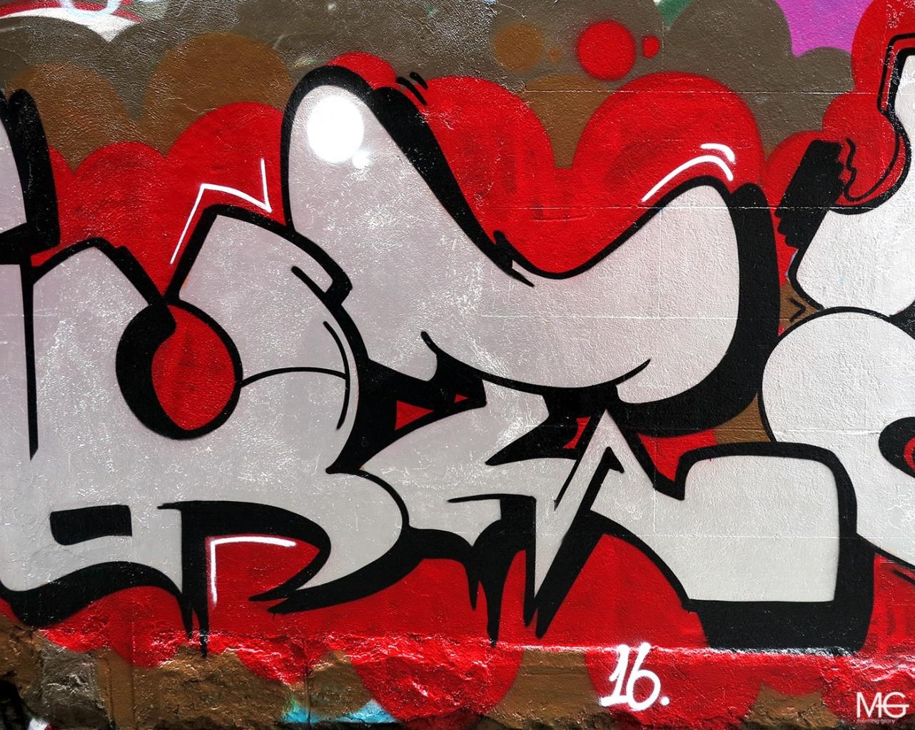 Smut-Bolts-Fitzroy-Graffiti-Morning-Glory-Melbourne5