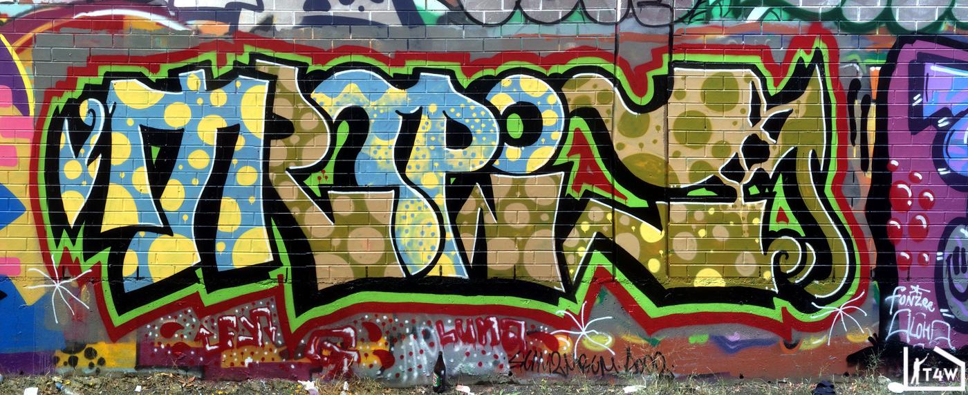 the-fourth-wall-melbourne-graffiti-heys-tropic-brunswick2