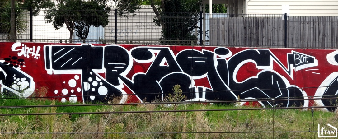 the-fourth-walls-melbourne-graffiti-bolts-tragic-kawps-footscray4