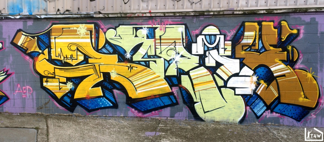 the-fourth-walls-melbourne-graffiti-peps-prix-akuze-footscray3