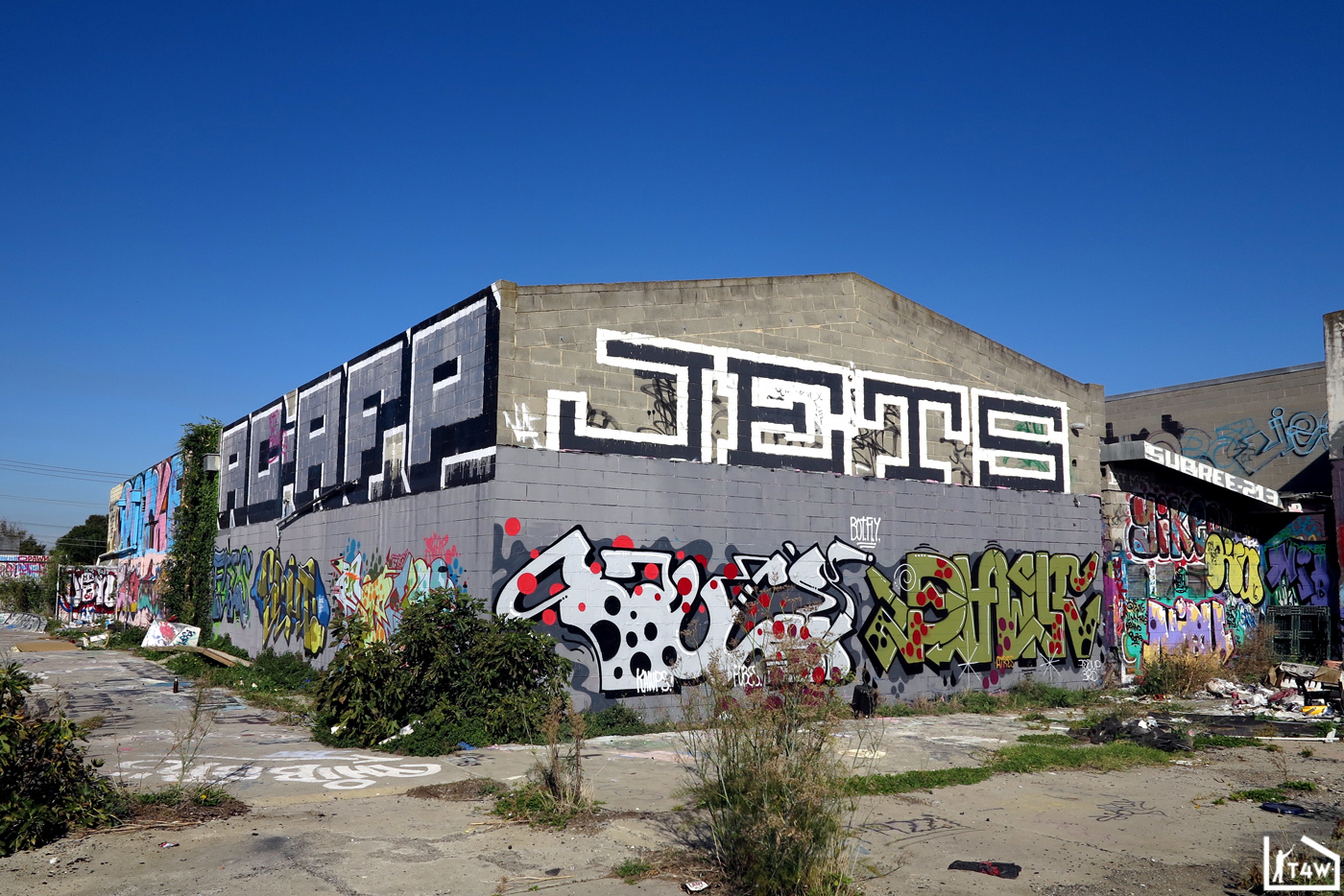 the-fourth-walls-melbourne-graffiti-sauce-pawk-preston5