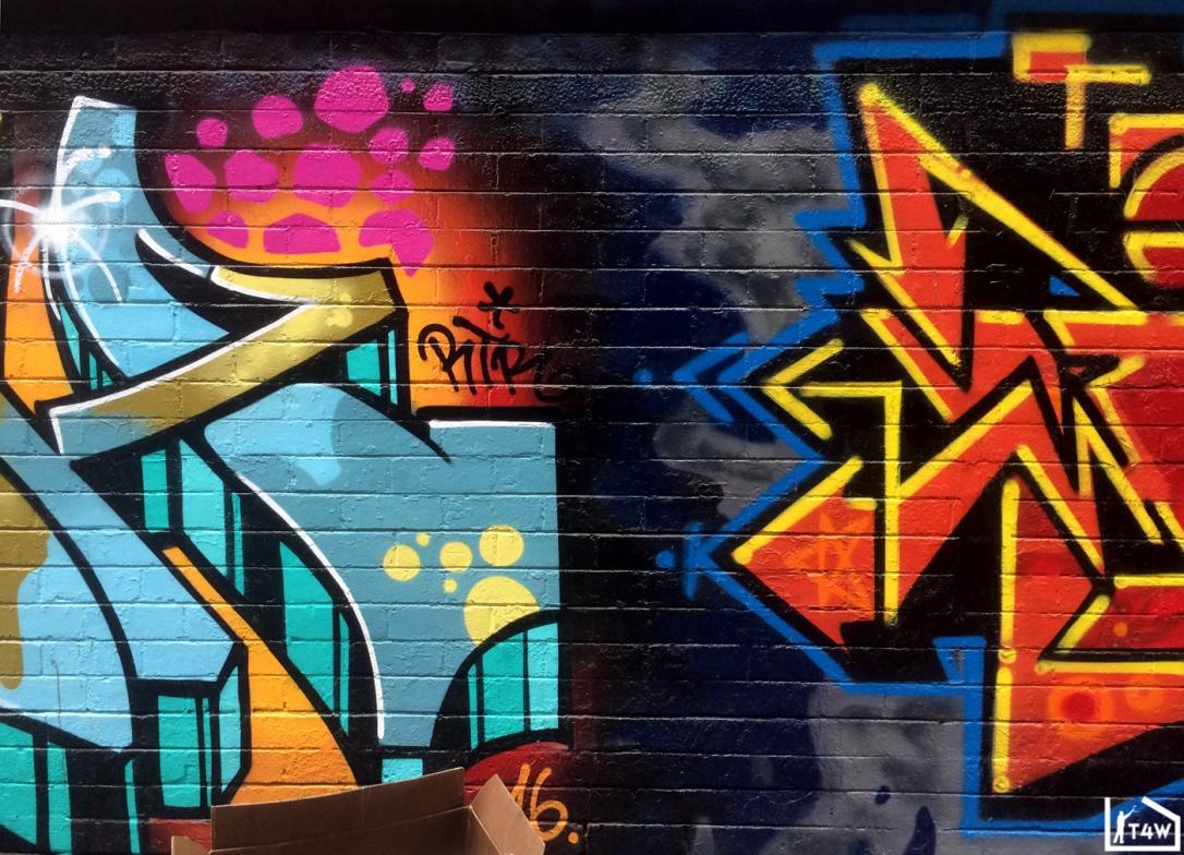 the-fourth-walls-melbourne-graffiti-2flash-ikon-melbourn-cbd3