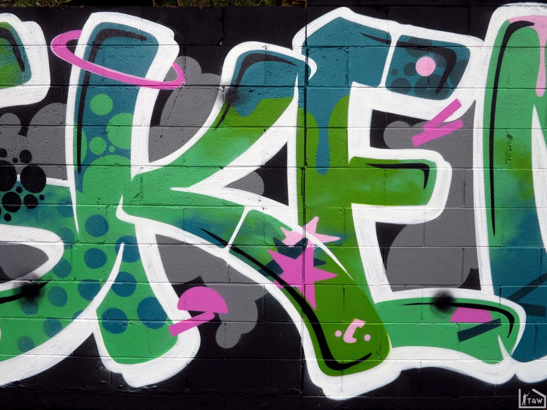 the fourth walls melbourne graffiti askem h20e richmond2