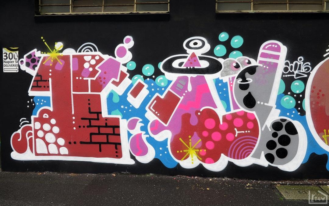 the-fourth-walls-melbourne-graffiti-h20e-ohyeah-bird-askem-fitzroy5