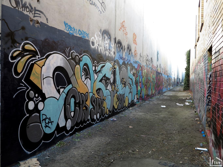 the-fourth-walls-melbourne-graffiti-noface-mr.-tee-abbotsford2