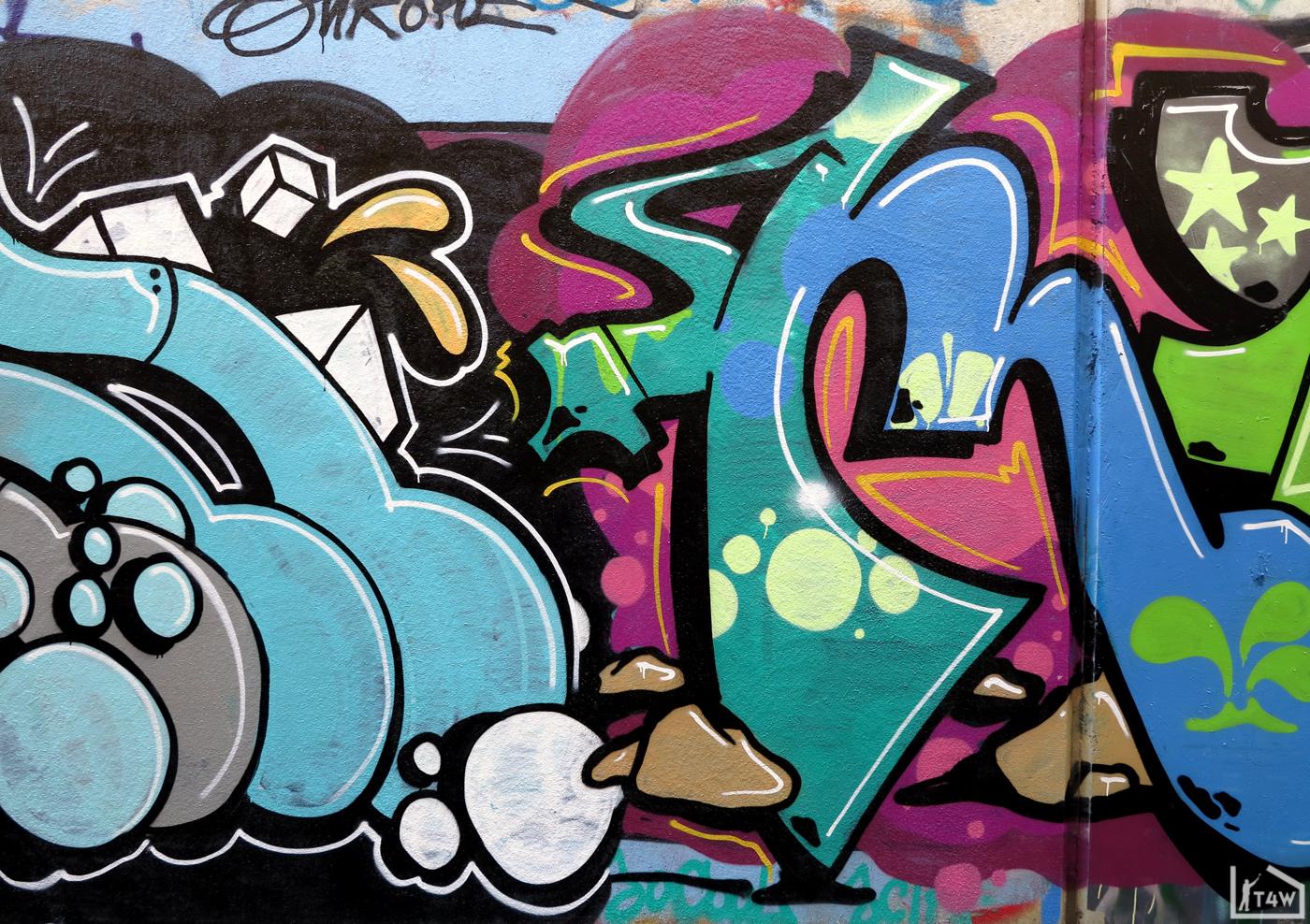 the-fourth-walls-melbourne-graffiti-noface-mr.-tee-abbotsford6