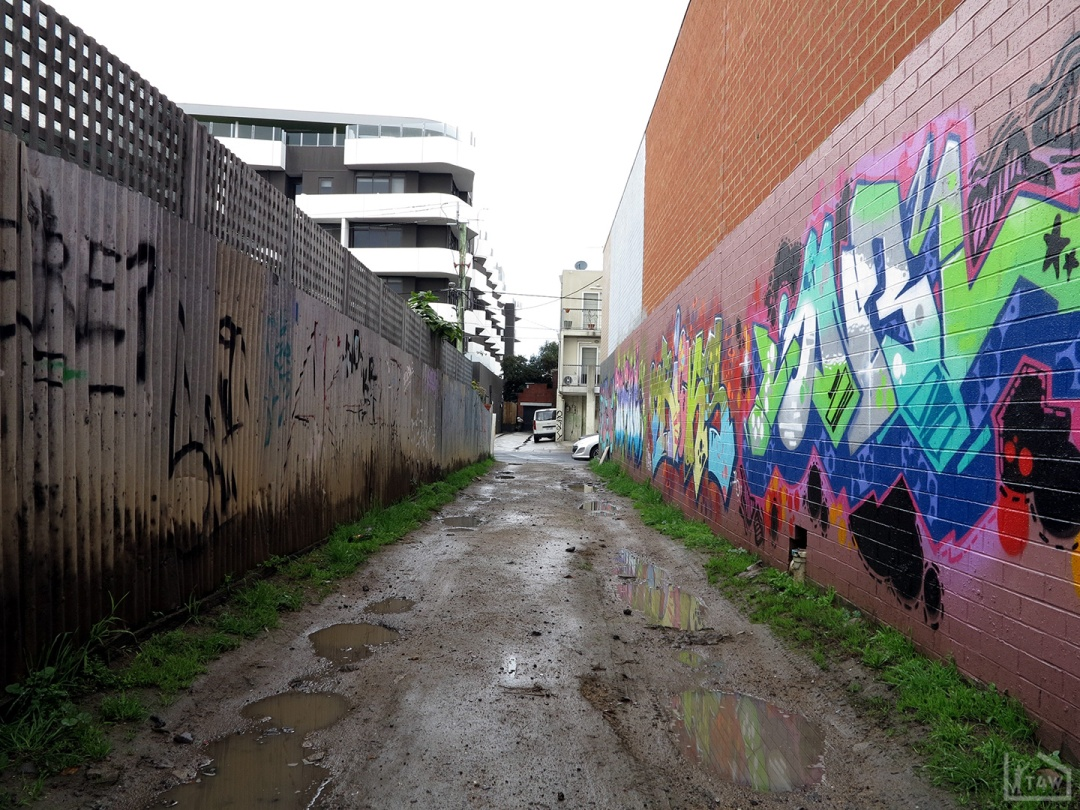 the-fourth-walls-melbourne-graffiti-mine-oricks-oniel-brunswick5