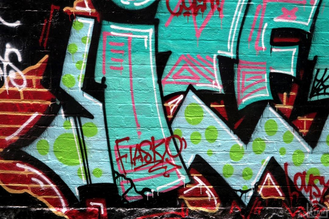 the-fourth-walls-melbourne-graffiti-thud-chelk-items-fitzroy