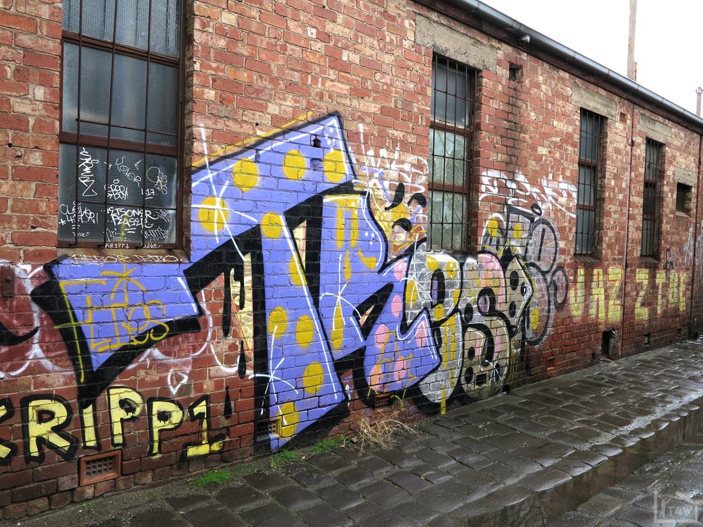 the-fourth-walls-melbourne-graffiti-tres-brunswick4