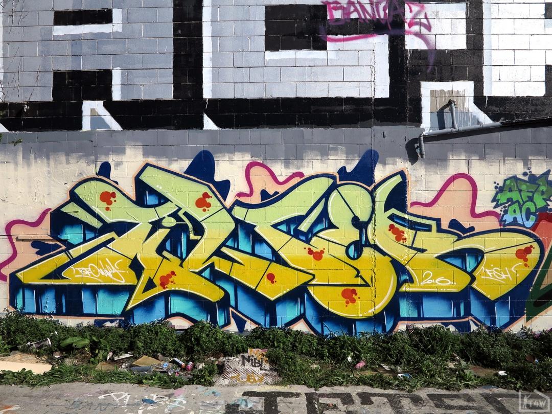 the-fourth-walls-melbourne-graffiti-tilter-peps-preston3