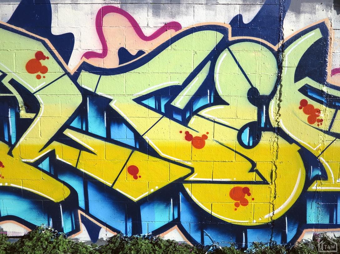 the-fourth-walls-melbourne-graffiti-tilter-peps-preston6