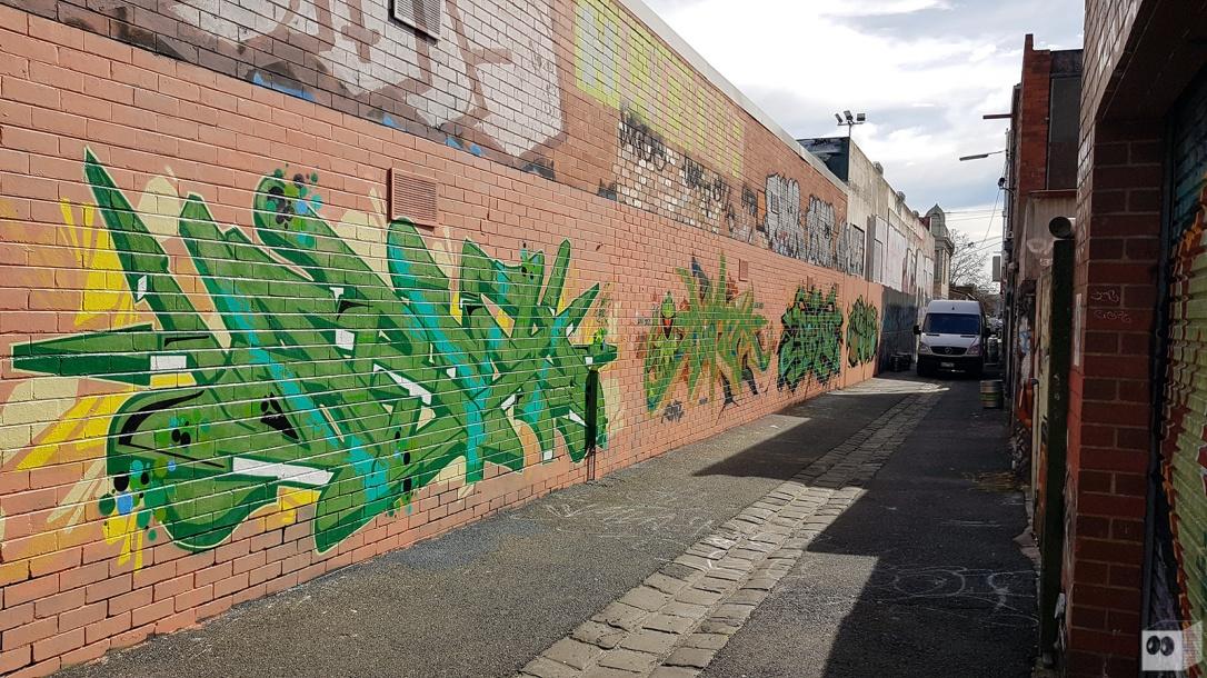the-fourth-walls-melbourne-graffiti-army-dvate-pornograffixxx-sigs-fitzroy2