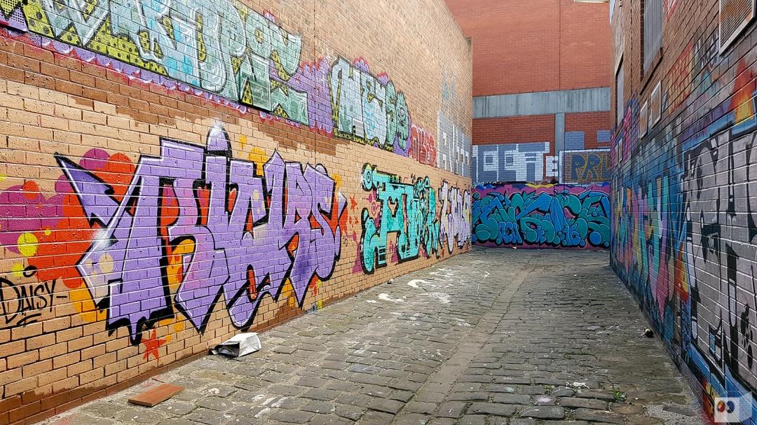 the-fourth-walls-melbourne-graffiti-oricks-amor-luna-brunswick9