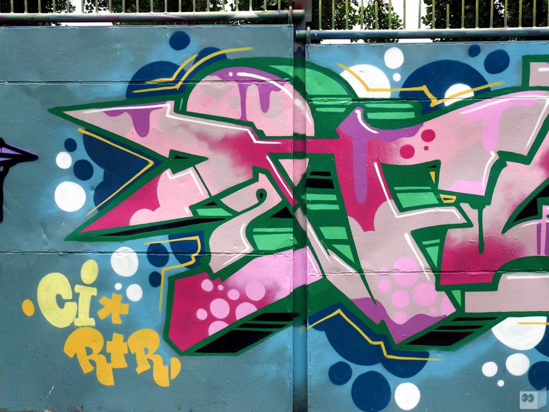 the-fourth-walls-melbourne-graffiti-mudle-sigs-2flash-abbotsford2