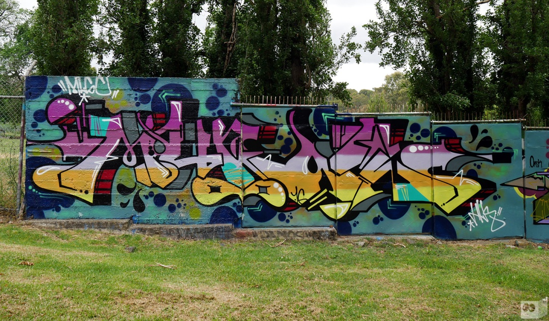 the-fourth-walls-melbourne-graffiti-mudle-sigs-2flash-abbotsford5
